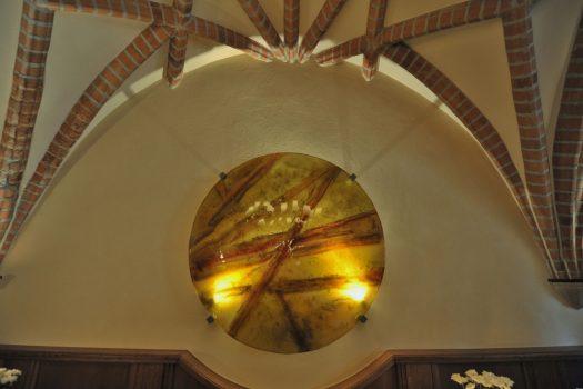 """Architectural glass art by Archiglass, Tomasz Urbanowicz at Restauracja """"Pod Starym Głogiem"""", Głogów, Poland"""